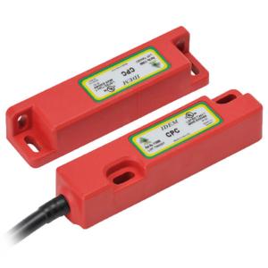 CPC QC 2NC 1NO  LED M12 8p