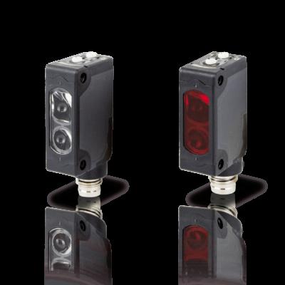 Datalogic LASER optikai érzékelő prizmás, M8 csatl., Sn: 0,3…10 m, PNP - Dark/Light sel. Piros Laser 650 nm S3Z-PH-5-B01-P